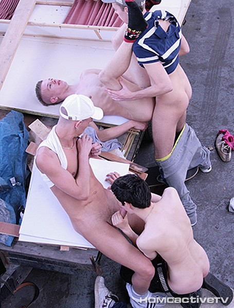 Chavs Vs. Skaters DOWNLOAD - Gallery - 003