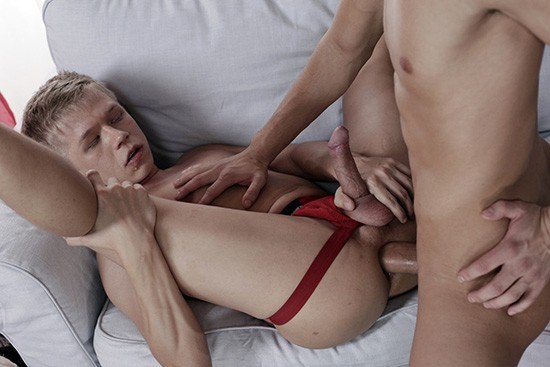 Cuddle Up Scene 1 DOWNLOAD - Gallery - 003