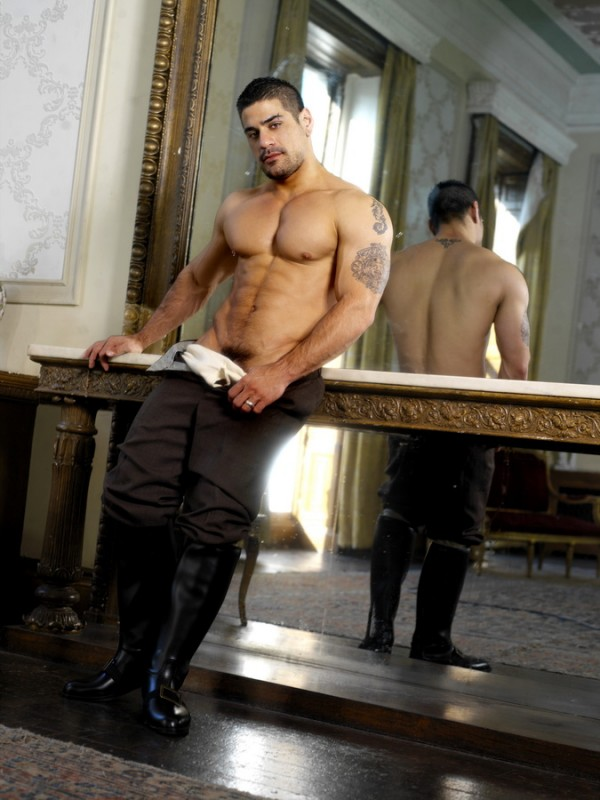 Up The Aristocracy DVD - Gallery - 001