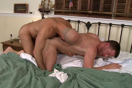 Men Seeking Men 2 DVD - Gallery - 004