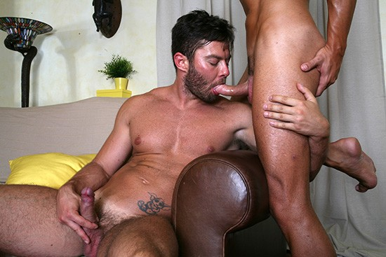 On The Prowl Part 3 DVD - Gallery - 004