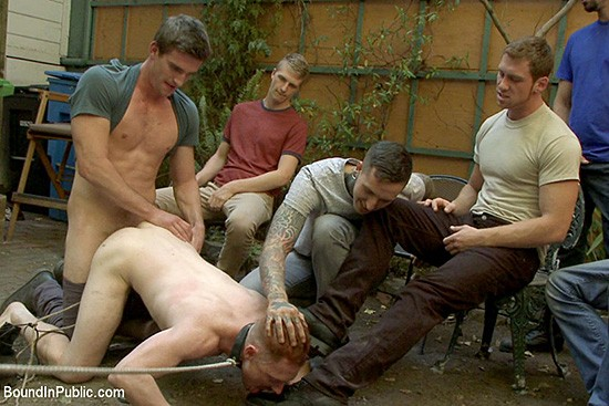 Bound in Public 105 DVD (S) - Gallery - 006