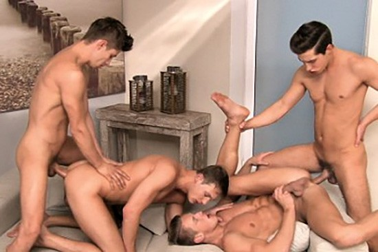 Offensively Large 2 DVD - Gallery - 001